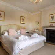 Pamflete Flat Double Bedroom