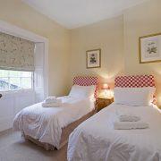 Pamflete Flat back bedroom