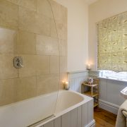 Pamflete Flat bathroom