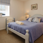 Coastguards 1 double bed with sea view