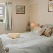 Coastguards 2 double bedroom with sea view