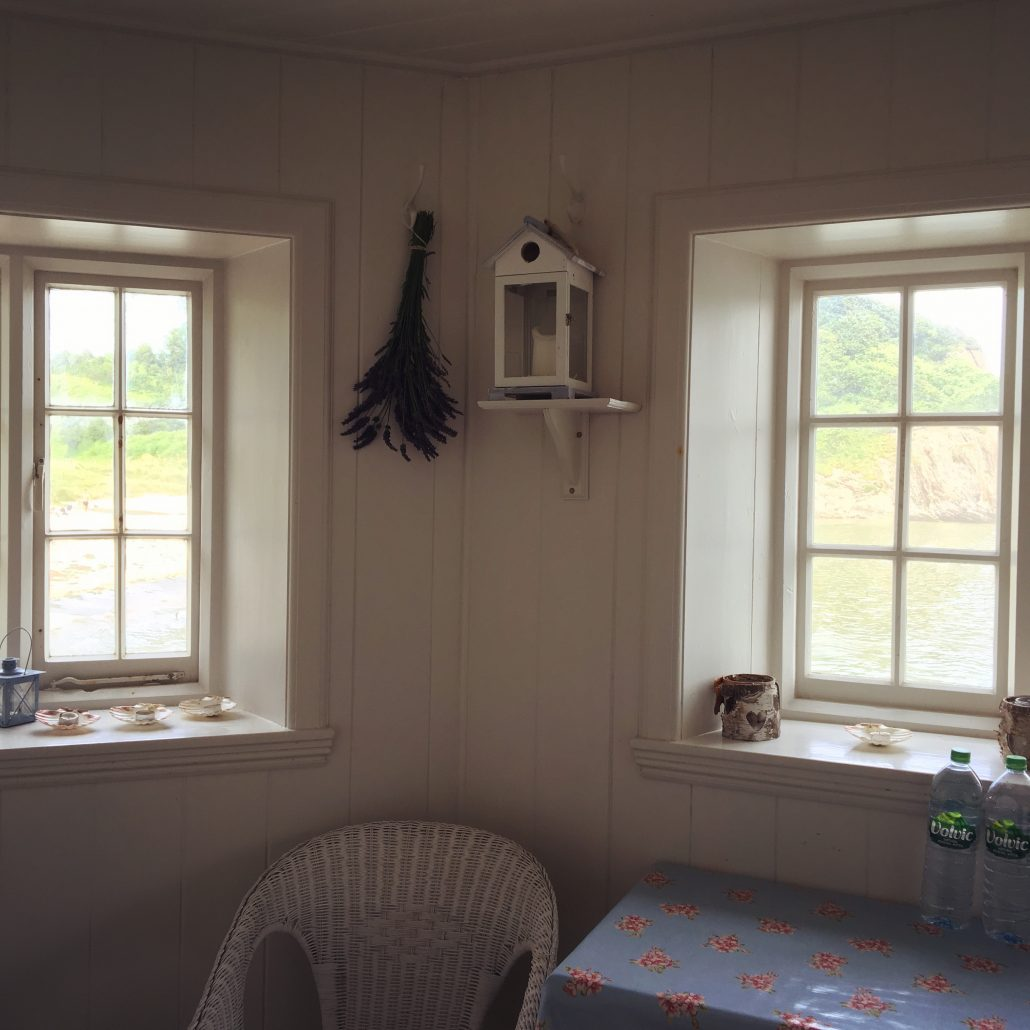 Inside Mothecombe Beach House